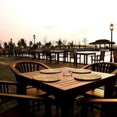 Отель Adaaran Select Hudhuranfushi Остров Гасфинолу с домашними животными