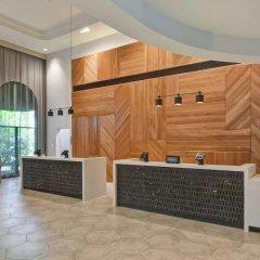 Отель Embassy Suites Minneapolis - Airport Блумингтон интерьер отеля фото 2