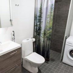 Отель Hiisi Homes Helsinki Pasila ванная фото 2