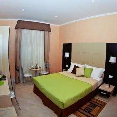 Отель Candia Inn Vatican сейф в номере