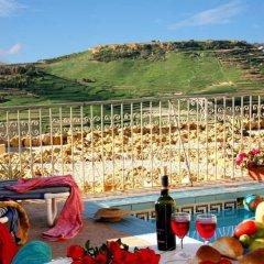 Отель Bellavista Farmhouses Gozo фото 2