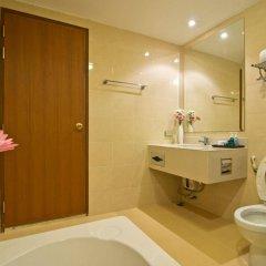 Отель Lasalle Suites & Spa ванная фото 2