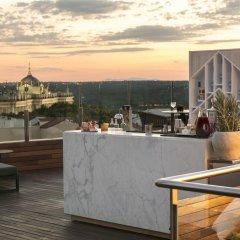 Отель Gran Melia Palacio De Los Duques Испания, Мадрид - 2 отзыва об отеле, цены и фото номеров - забронировать отель Gran Melia Palacio De Los Duques онлайн гостиничный бар