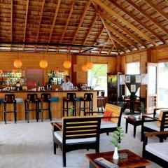 Отель Meeru Island Resort & Spa Мальдивы, Остров Фуранафуши - 10 отзывов об отеле, цены и фото номеров - забронировать отель Meeru Island Resort & Spa онлайн гостиничный бар