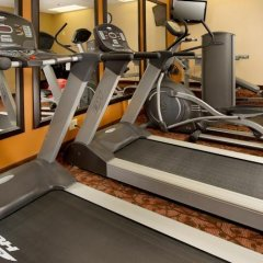 Отель The American Inn of Bethesda фитнесс-зал фото 3