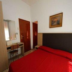 Отель Villa Lauda Италия, Римини - отзывы, цены и фото номеров - забронировать отель Villa Lauda онлайн комната для гостей фото 5
