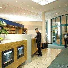 Atlantic Hotel Airport интерьер отеля