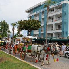 M.C.A. Marquis Hotel городской автобус