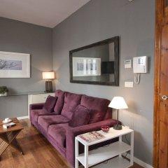 Апартаменты Trinitarios Apartment Валенсия комната для гостей фото 2