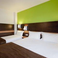 Отель Premiere Classe Lyon Centre - Gare Part Dieu сейф в номере