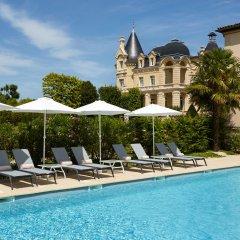 Отель Chateau Hotel and Spa Grand Barrail Франция, Сент-Эмильон - отзывы, цены и фото номеров - забронировать отель Chateau Hotel and Spa Grand Barrail онлайн бассейн