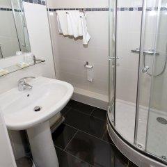 Отель Hipotel Paris Pere-Lachaise Republique ванная