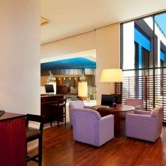 Отель Sheraton Tirana Тирана гостиничный бар