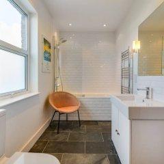 Отель 1 Bedroom West London Home Великобритания, Лондон - отзывы, цены и фото номеров - забронировать отель 1 Bedroom West London Home онлайн ванная