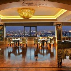 Отель Titanic Business Golden Horn гостиничный бар