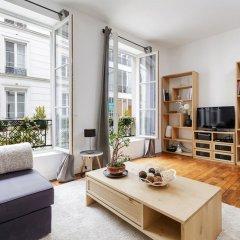 Апартаменты Sentier - Montorgueil Area Apartment комната для гостей фото 2