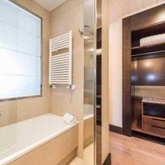 Отель MERCADER Мадрид сейф в номере