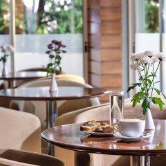 Отель Blazer Suites Hotel Греция, Афины - 1 отзыв об отеле, цены и фото номеров - забронировать отель Blazer Suites Hotel онлайн питание фото 2