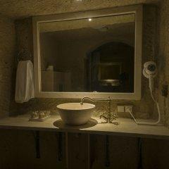 Luna Cave Hotel ванная фото 2