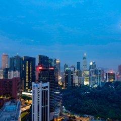 Отель Sheraton Imperial Kuala Lumpur Hotel Малайзия, Куала-Лумпур - 1 отзыв об отеле, цены и фото номеров - забронировать отель Sheraton Imperial Kuala Lumpur Hotel онлайн балкон