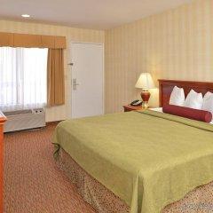Отель Best Western Plus Raffles Inn & Suites комната для гостей фото 2