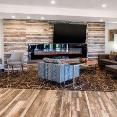 Отель Comfort Inn Montréal Aéroport Канада, Монреаль - отзывы, цены и фото номеров - забронировать отель Comfort Inn Montréal Aéroport онлайн интерьер отеля
