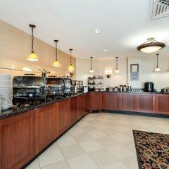 Отель Arlington Court Suites Hotel США, Арлингтон - отзывы, цены и фото номеров - забронировать отель Arlington Court Suites Hotel онлайн фото 2