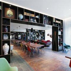 Отель citizenM Amstel Amsterdam Нидерланды, Амстердам - отзывы, цены и фото номеров - забронировать отель citizenM Amstel Amsterdam онлайн гостиничный бар