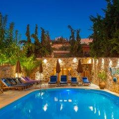 Отель Balsamico Traditional Suites Греция, Херсониссос - отзывы, цены и фото номеров - забронировать отель Balsamico Traditional Suites онлайн бассейн фото 3