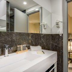 Отель Otivm Hotel Италия, Рим - отзывы, цены и фото номеров - забронировать отель Otivm Hotel онлайн ванная фото 2