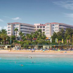 Отель Terrace Beach Resort пляж