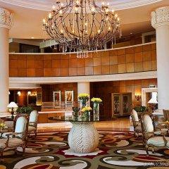 Отель Sheraton Jumeirah Beach Resort ОАЭ, Дубай - 3 отзыва об отеле, цены и фото номеров - забронировать отель Sheraton Jumeirah Beach Resort онлайн интерьер отеля фото 2