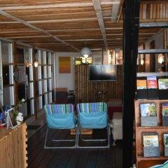 2W Beach Hostel Самуи гостиничный бар