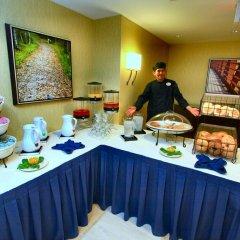 Отель Hilton Garden Inn Bethesda США, Бетесда - отзывы, цены и фото номеров - забронировать отель Hilton Garden Inn Bethesda онлайн питание фото 3