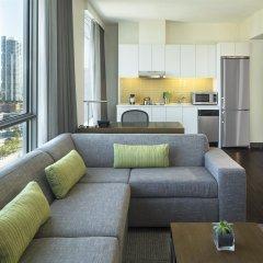 Отель Element Vancouver Metrotown Канада, Бурнаби - отзывы, цены и фото номеров - забронировать отель Element Vancouver Metrotown онлайн комната для гостей фото 3