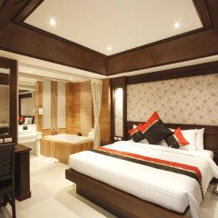 Rayaburi Hotel Patong Пхукет комната для гостей