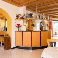 Отель Gruberhof Меран гостиничный бар