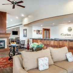 Clarion Hotel Buffalo Airport интерьер отеля фото 2