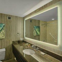 Отель DoubleTree by Hilton at the Entrance to Universal Orlando ванная