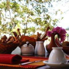 Отель Thaulle Resort питание