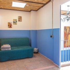Отель Хостел Loft Apartments Испания, Льорет-де-Мар - отзывы, цены и фото номеров - забронировать отель Хостел Loft Apartments онлайн комната для гостей фото 5