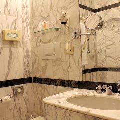 Отель Albani Firenze Италия, Флоренция - 1 отзыв об отеле, цены и фото номеров - забронировать отель Albani Firenze онлайн ванная