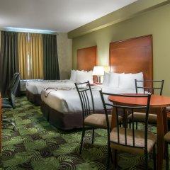 Отель Deerfoot Inn & Casino Канада, Калгари - отзывы, цены и фото номеров - забронировать отель Deerfoot Inn & Casino онлайн комната для гостей фото 5