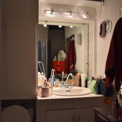 Апартаменты Cosy 1 Bedroom Apartment Near Le Marais Париж ванная