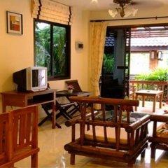 Отель Kata Noi Resort Таиланд, пляж Ката - 1 отзыв об отеле, цены и фото номеров - забронировать отель Kata Noi Resort онлайн интерьер отеля