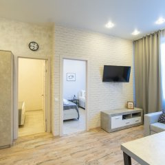 Апартаменты More Apartments na Tsvetochnoy 30 (3) Сочи комната для гостей