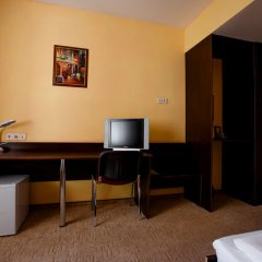 Гостиница Астория в Тюмени 5 отзывов об отеле, цены и фото номеров - забронировать гостиницу Астория онлайн Тюмень удобства в номере фото 2