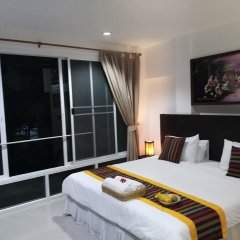 Отель Baan Oui Phuket Guest House комната для гостей фото 4
