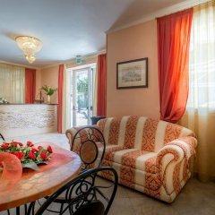 Отель Residence Amarcord Италия, Римини - отзывы, цены и фото номеров - забронировать отель Residence Amarcord онлайн комната для гостей фото 4