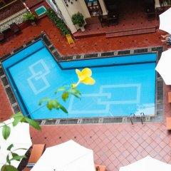 Hotel Majestic Saigon бассейн